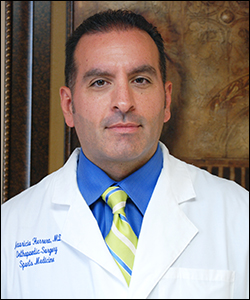 Dr. Mauricio Herrera - Orthopedic Surgeon - Sports Medicine & Arthroscopy